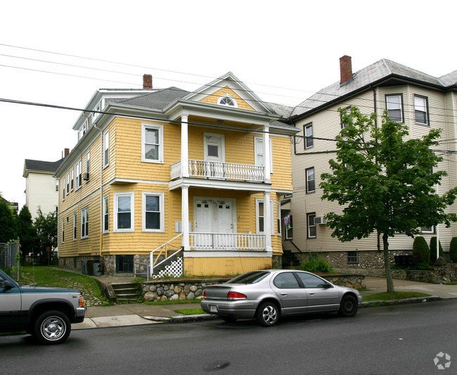 Best 192 Belleville Rd New Bedford Ma 02745 Rentals New With Pictures