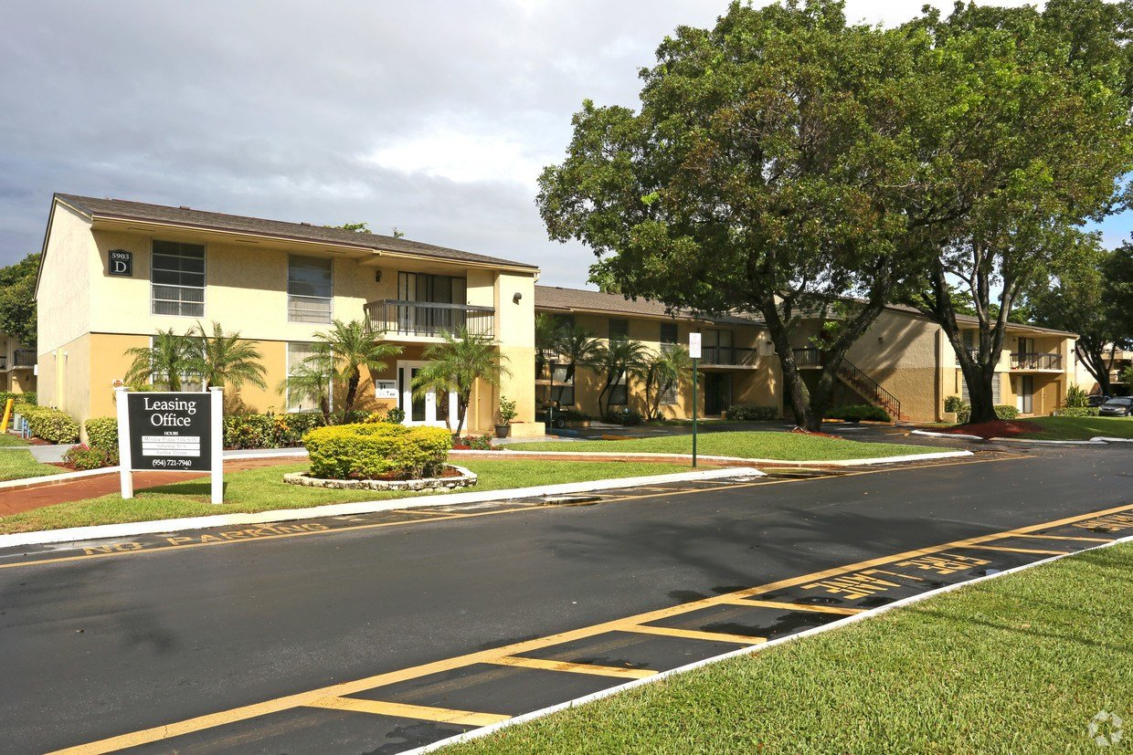 Best Woodland Meadows Apartments Fort Lauderdale Fl Apartments Com With Pictures