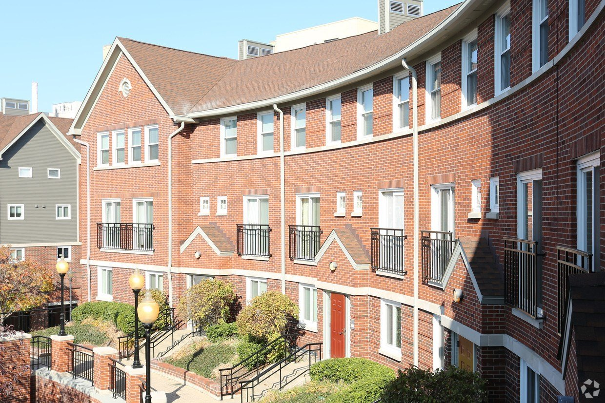 Best Crescent Centre Apartments Apartments Louisville Ky With Pictures