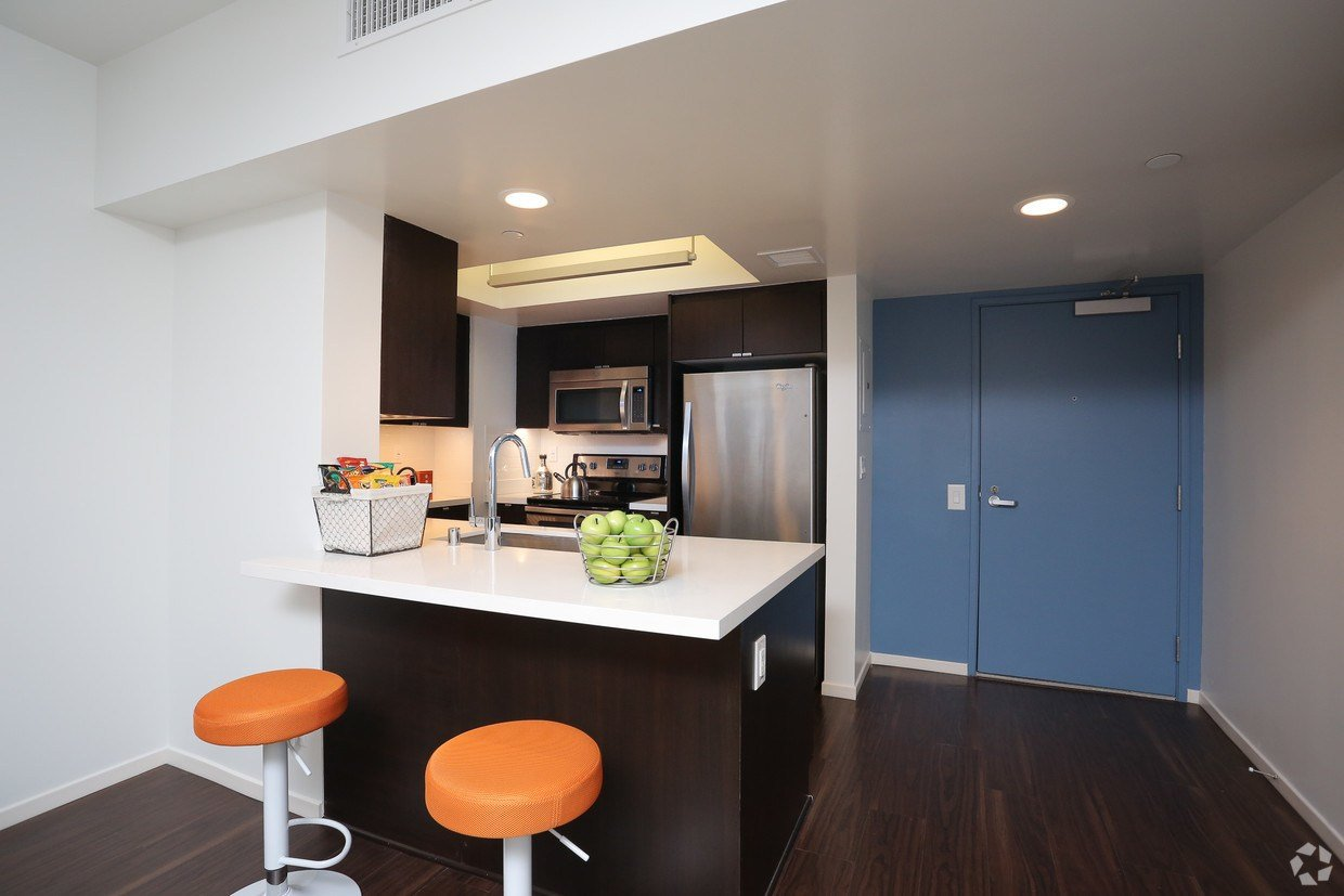 Best 255 Grand Apartments Los Angeles Ca Apartments Com With Pictures