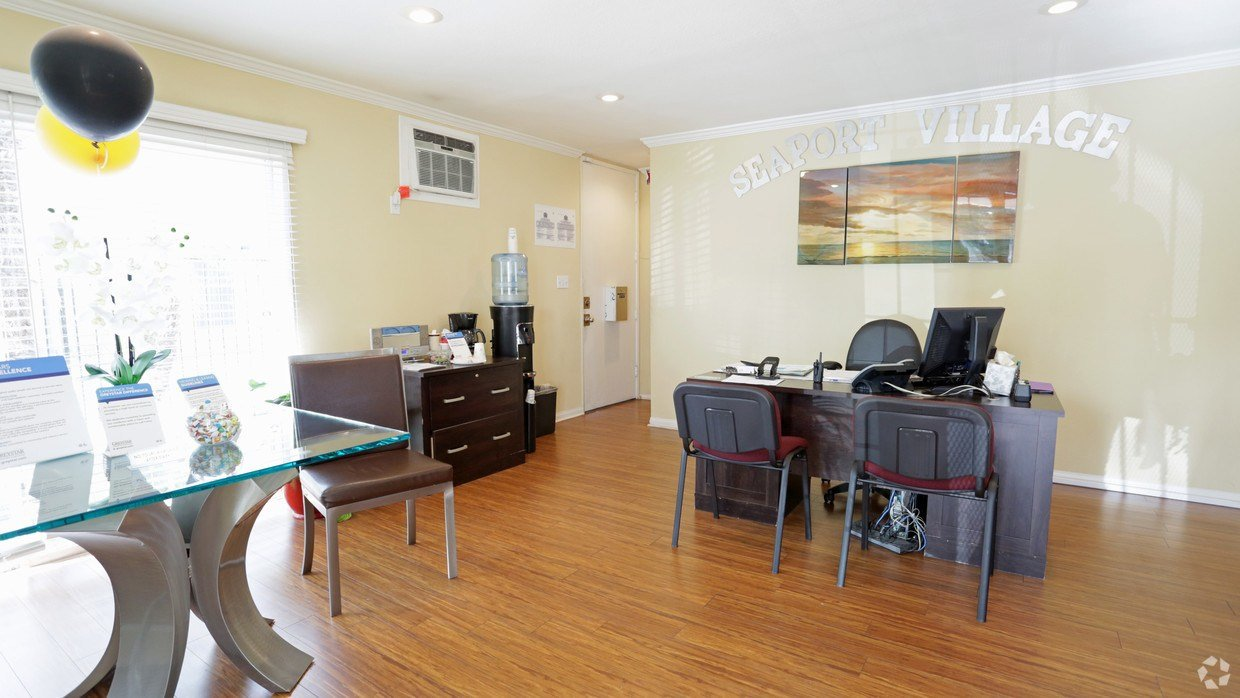 Best Seaport Village Apartments Rentals Long Beach Ca With Pictures