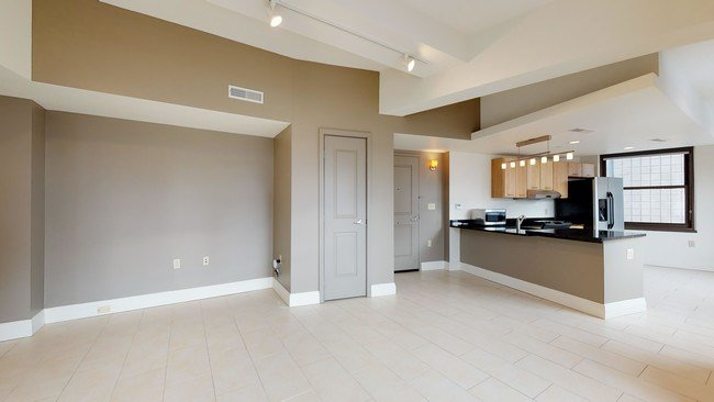 Best Broderick Tower Apartments Detroit Mi Apartments Com With Pictures