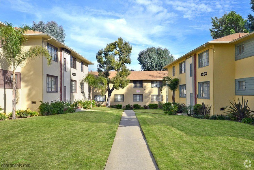 Best Santa Rosalia Apartment Homes Rentals Los Angeles Ca With Pictures