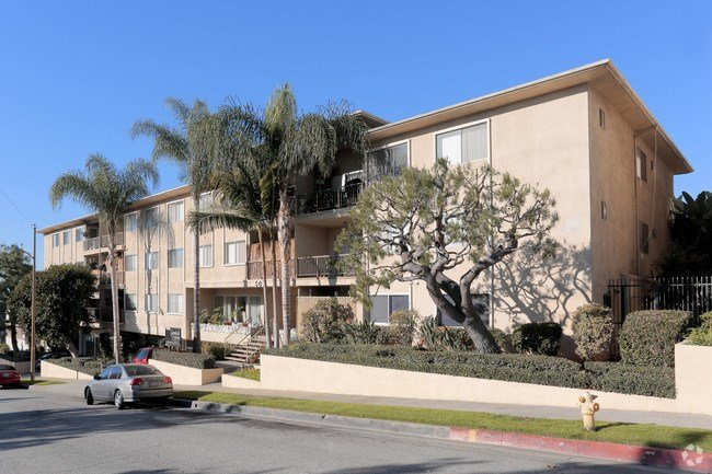 Best Howard Crown Apartments Apartments Montebello Ca Apartments Com With Pictures