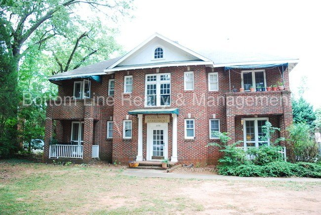 Best Great 1 Bedroom Apartment Ready For Rent Apartment For Rent In Charlotte Nc Apartments Com With Pictures