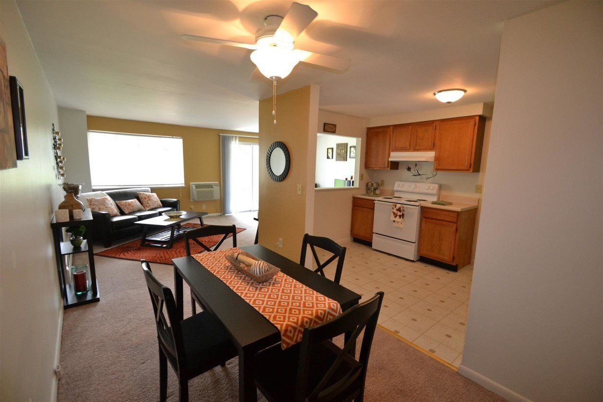Best Windsor Place Apartments Rentals North Syracuse Ny With Pictures