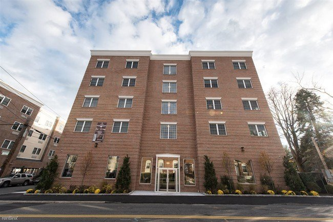 Best 48 Burling Ln New Rochelle Ny 10801 Condo For Rent In With Pictures