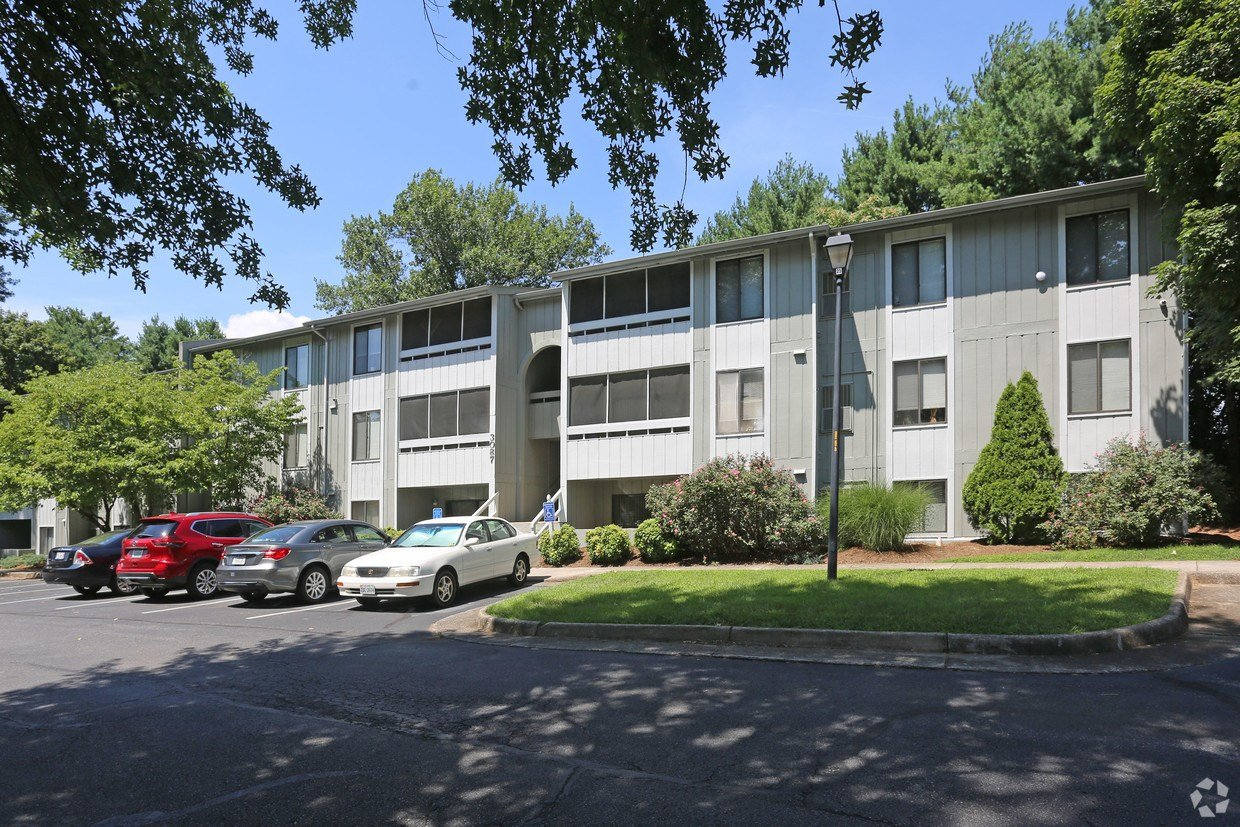 Best Westwind Apartment Homes Apartments Roanoke Va With Pictures