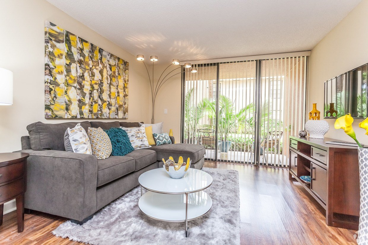 Best Meadow Walk Apartments Apartments Miami Lakes Fl With Pictures