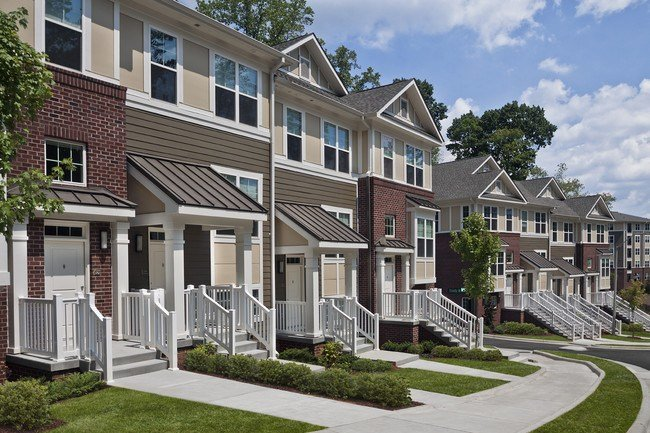 Best Marshall Park Apartments Townhomes Apartments Raleigh With Pictures