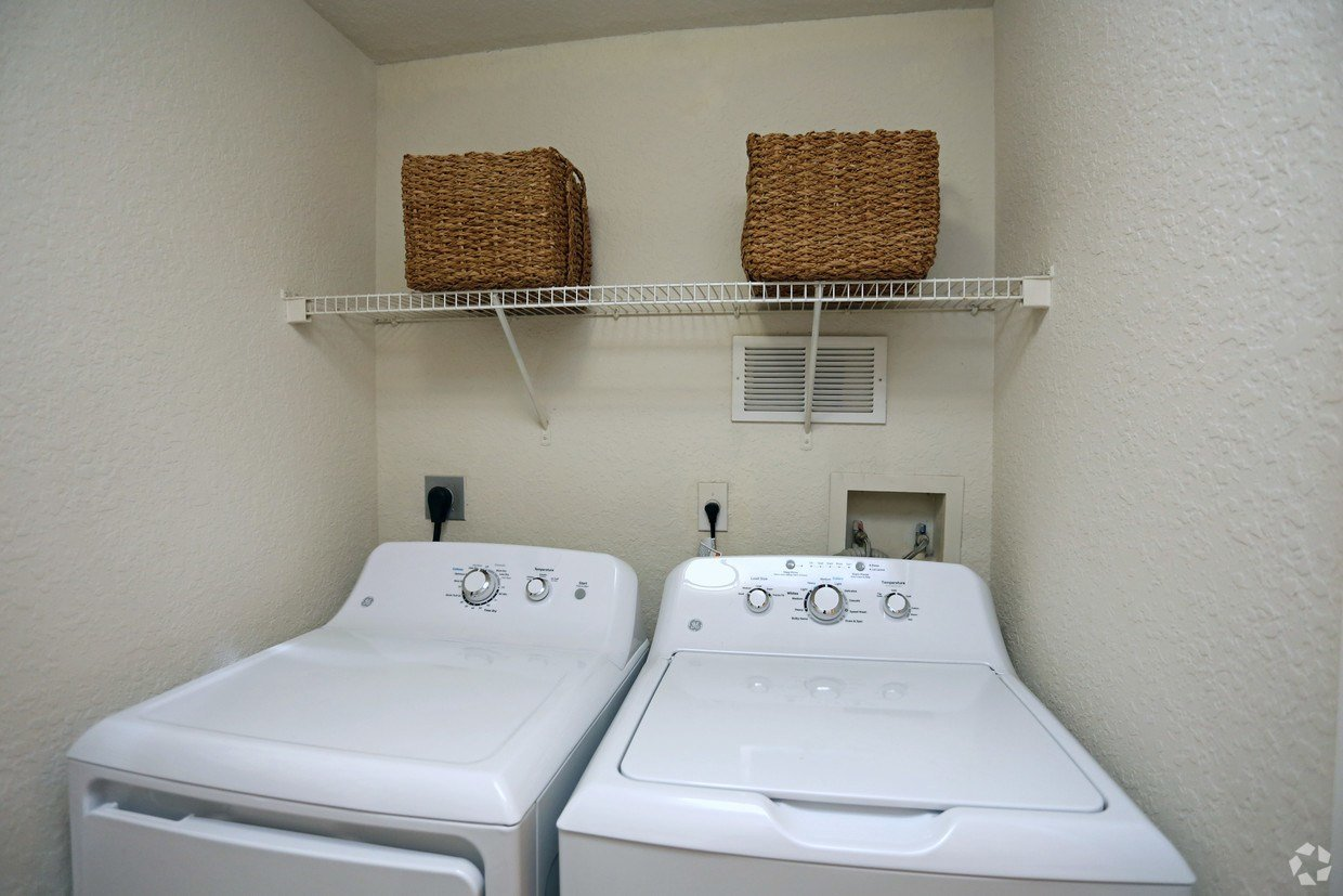 Best Portofino Place By Cortland Apartments West Palm Beach With Pictures
