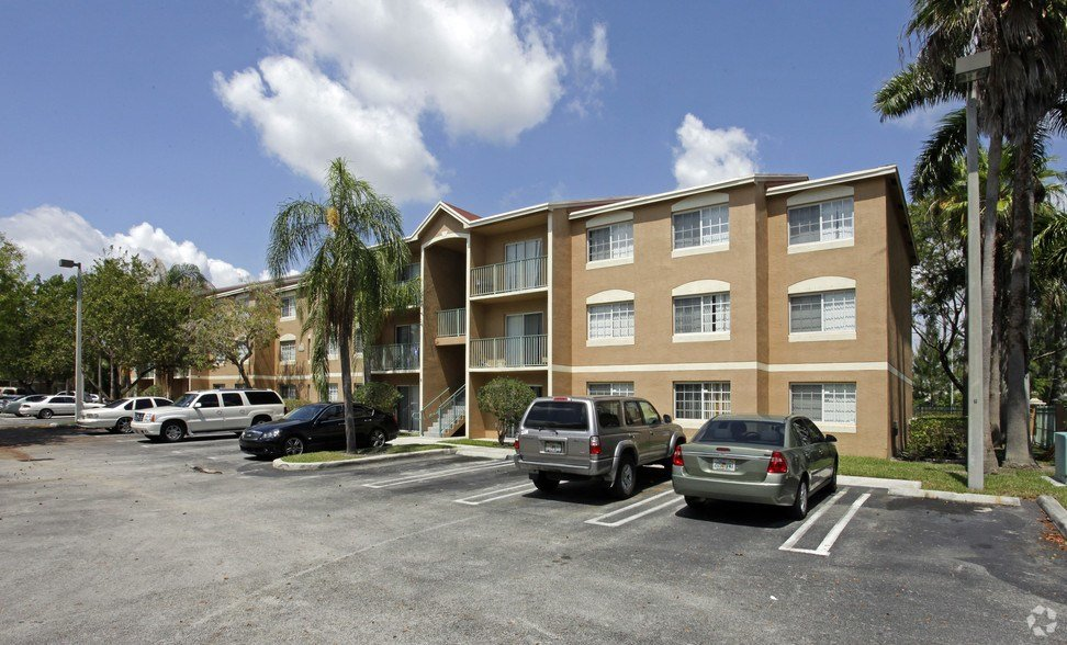 Best Golden Lakes Apartments Rentals Miami Fl Apartments Com With Pictures