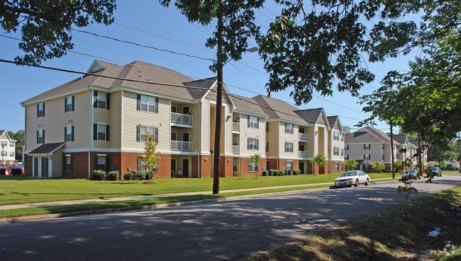 Best Whispering Oaks Apts Lp Rentals Portsmouth Va With Pictures