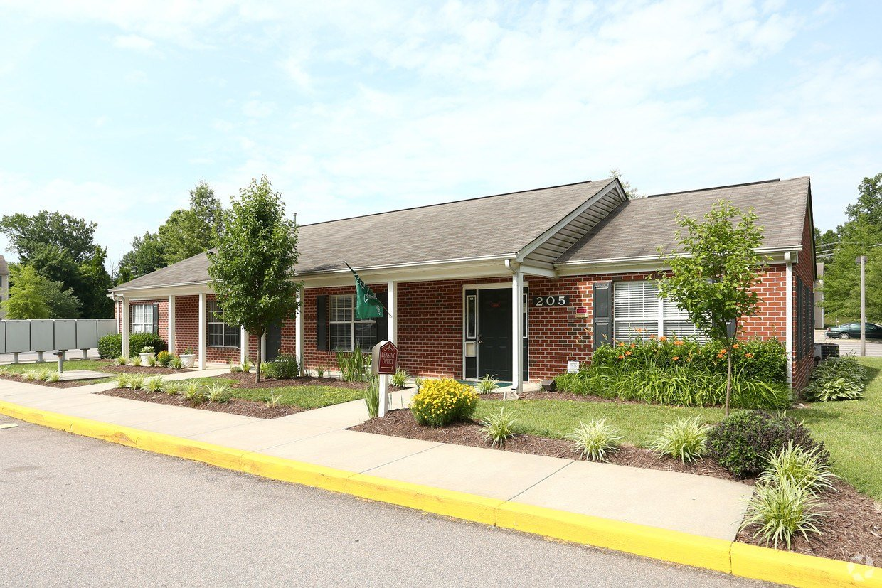 Best Riverview Apartment Homes Apartments Colonial Heights With Pictures