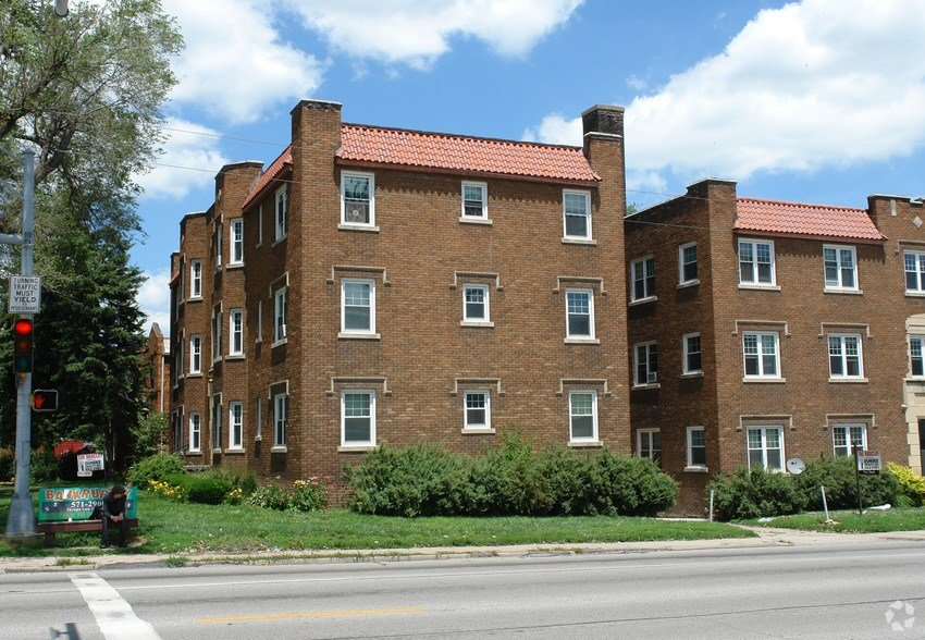 Best The Radcliffe Apartments For Rent In Omaha Ne Forrent Com With Pictures