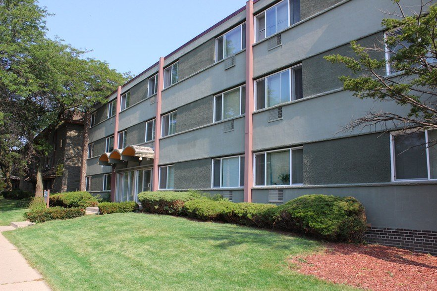Best Boulevard Apartments For Rent In Milwaukee Wi Forrent Com With Pictures