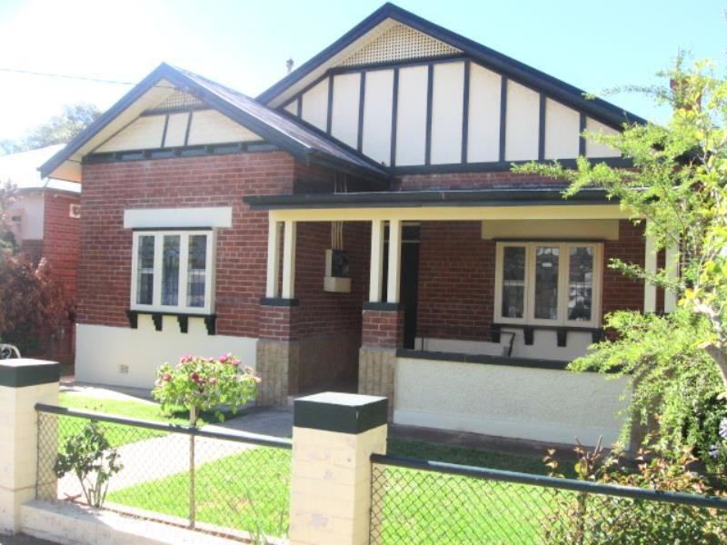 Best 4 Bedroom Houses For Rent In Gobbagombalin Nsw 2650 May With Pictures