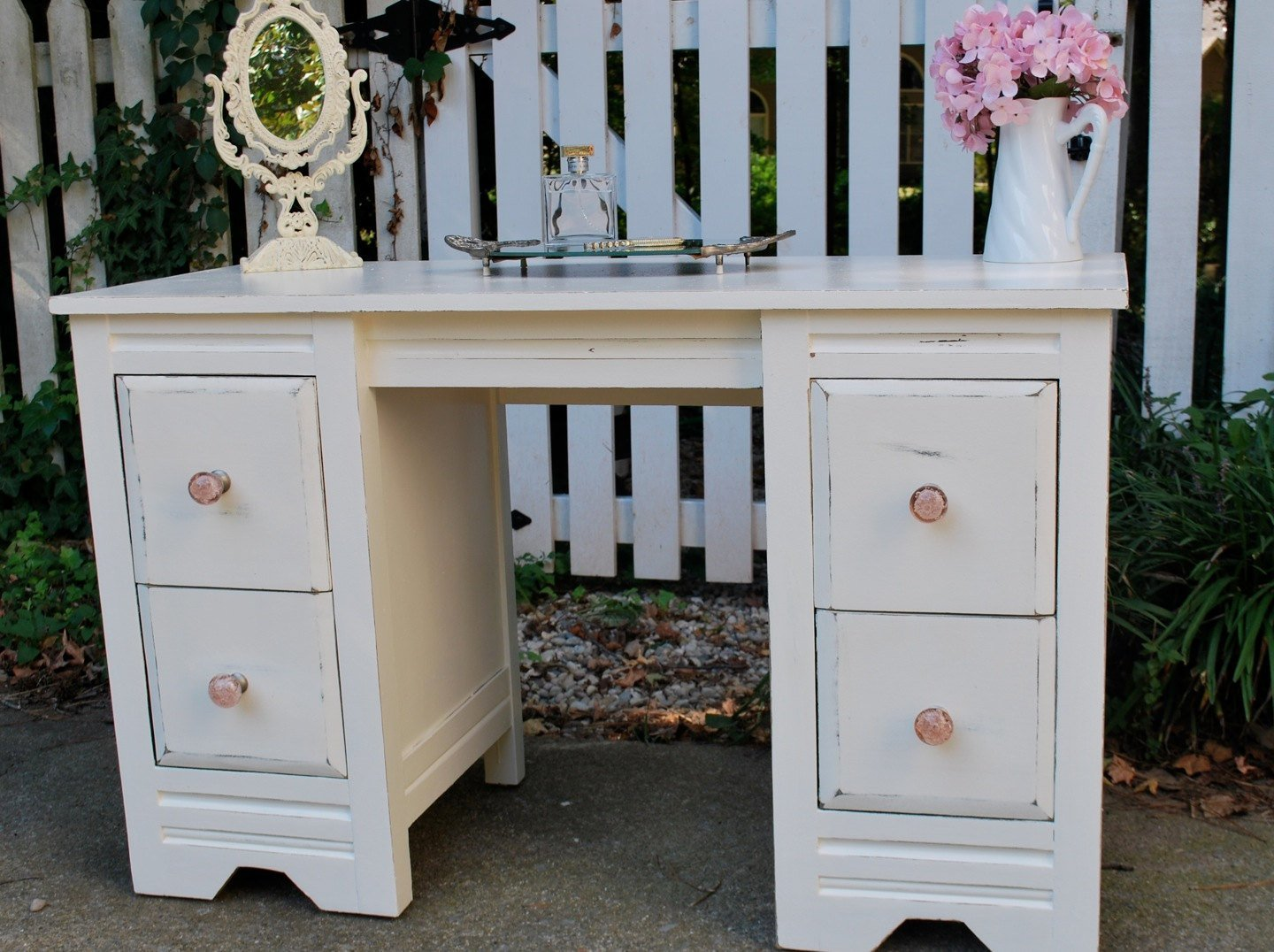 Best Shabby Chic Antique White Bedroom Vanity With Pictures
