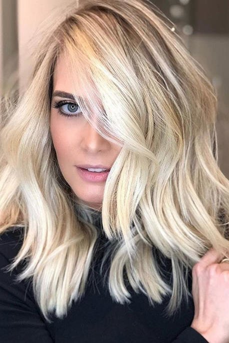 Free These Winter Hair Trends Are Coming In Hot For 2019 Wallpaper