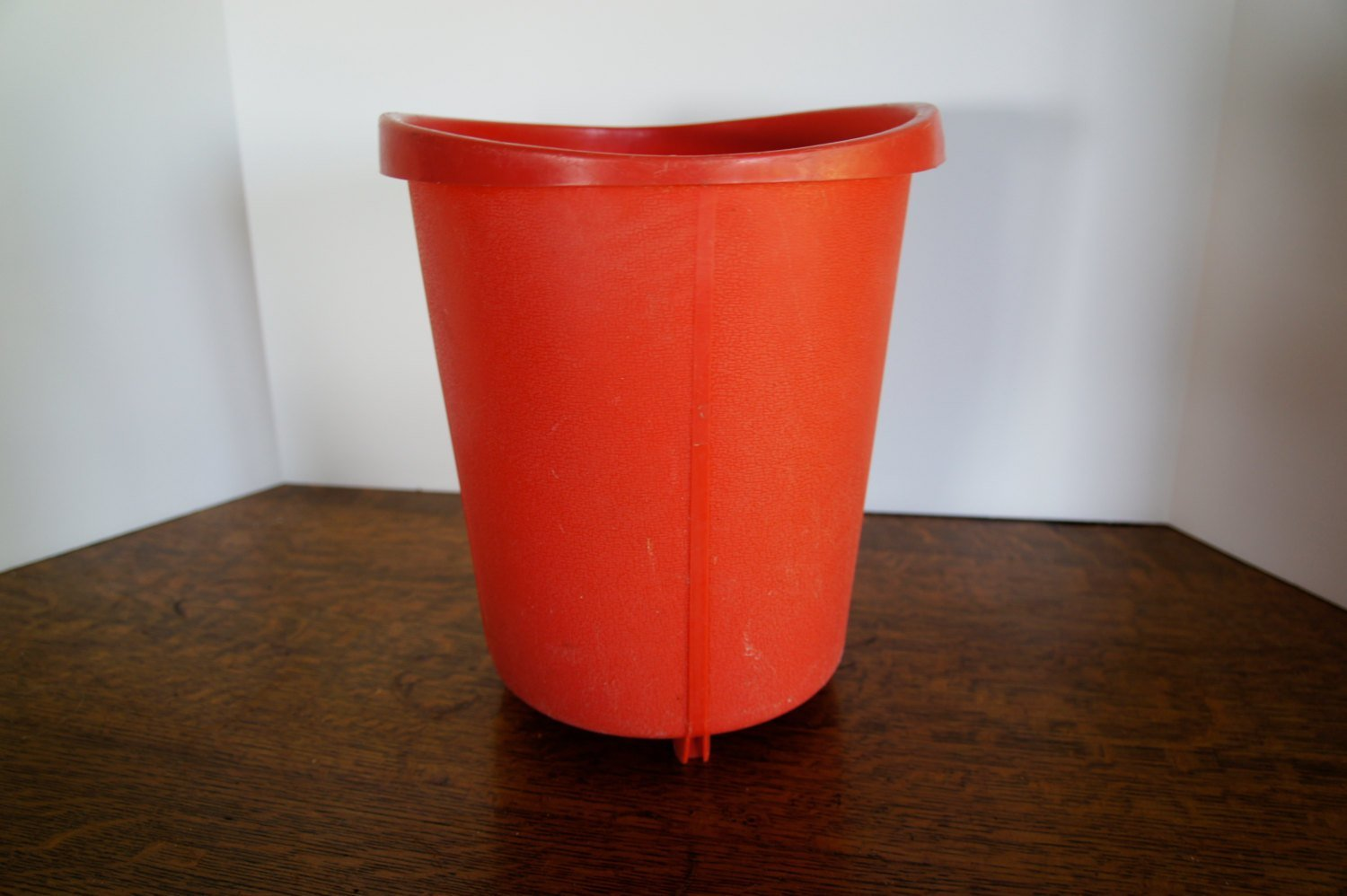 Best Vintage Pink Coral Trash Can Bathroom Or Bedroom Rounded With Pictures