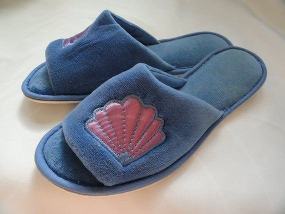 Best Royal Blue Dearfoam Bedroom Slippers By Vintalogyandscraps With Pictures