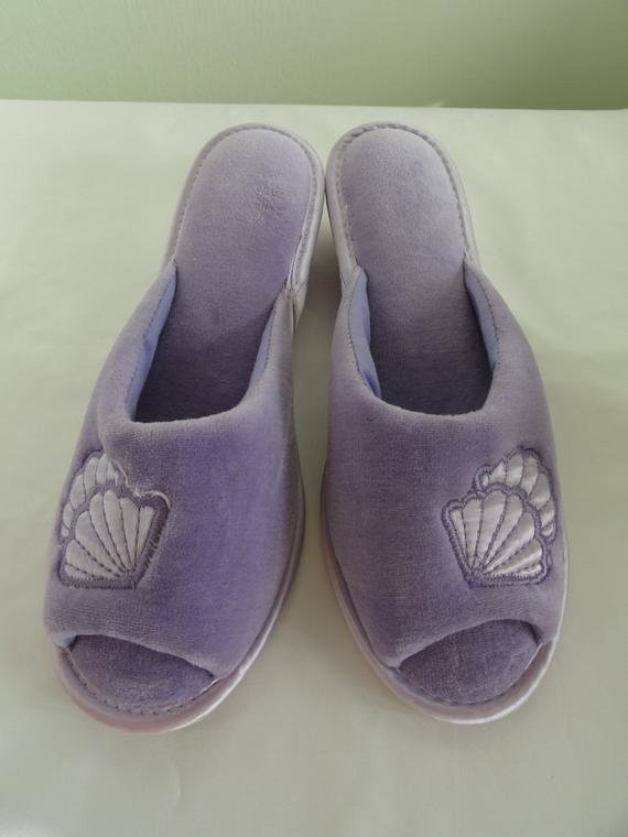 Best Vintage Dearfoam Bedroom Slippers Purple Seashell Soft With Pictures