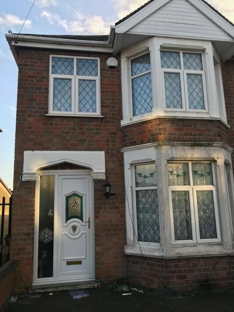 Best 2 Bedroom House For Rent In Courthouse Green Cv6 Area With Pictures