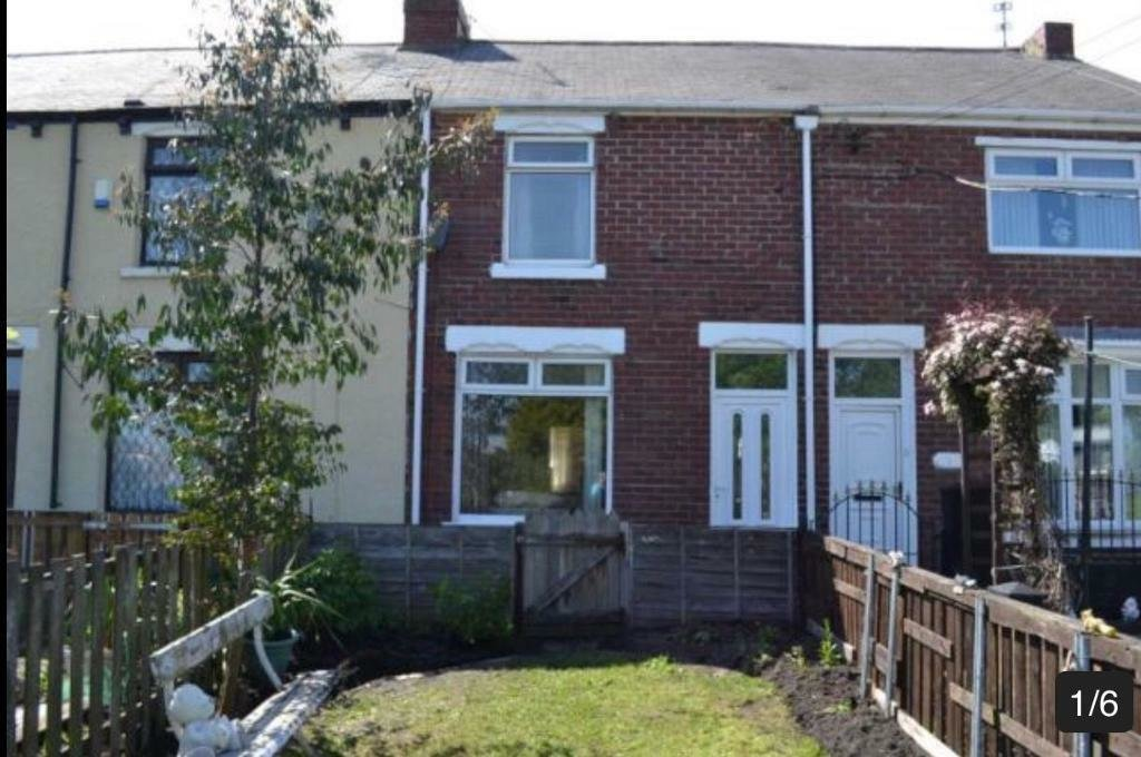 Best 2 Bedrooms House For Rent John Street Fence Houses No With Pictures
