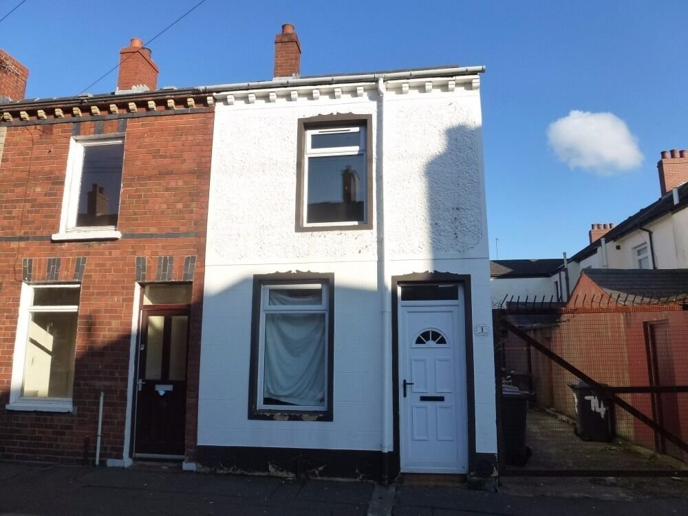 Best Rent Belfast 2 Bedroom End Terrace House Off Tenant With Pictures