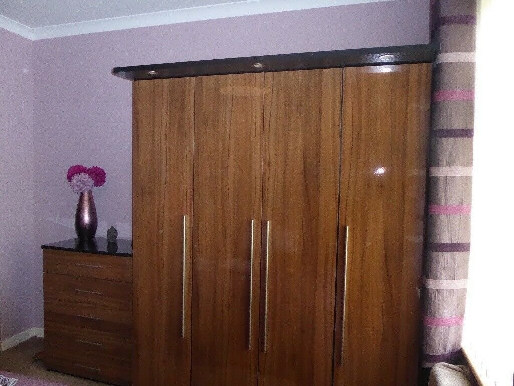 Best Priced Reduced For Quick Sale Immaculate Bedroom Furniture With Pictures