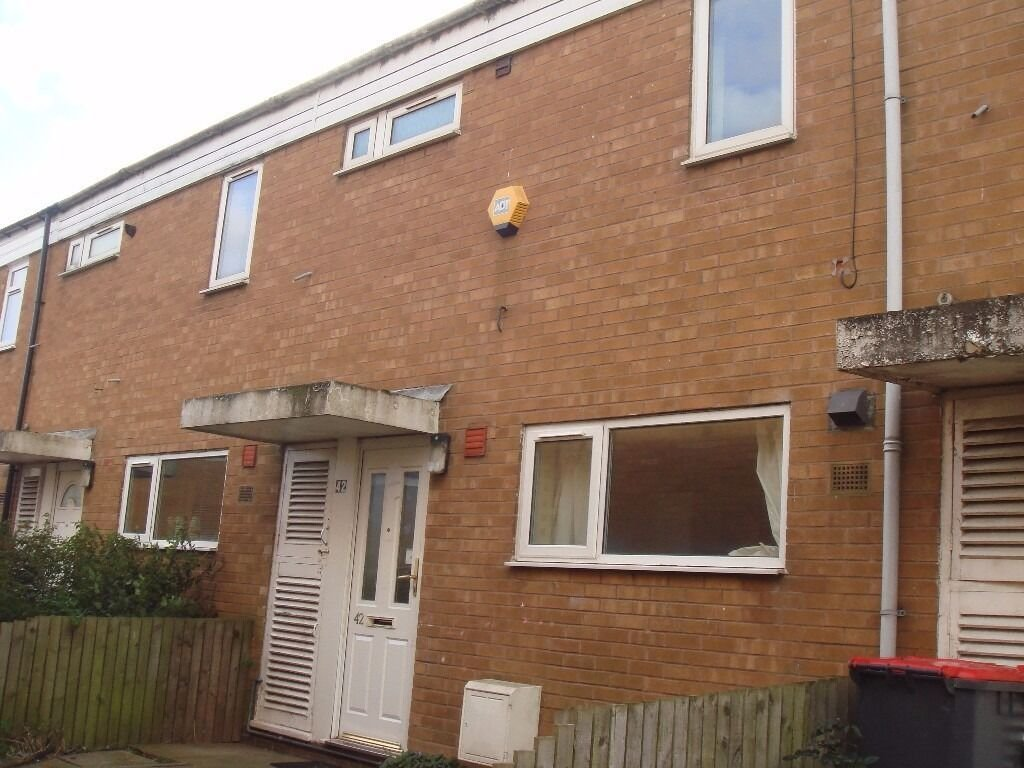 Best 3 Bedroom House Available To Rent In Wealdstone Woodside With Pictures