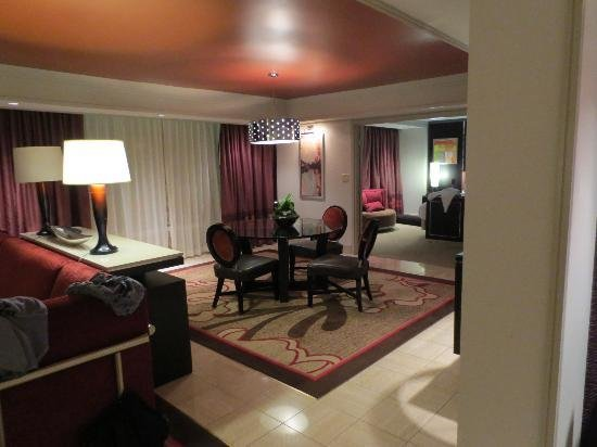 Best 2 Bedroom Tower Suite Living Area Picture Of The Mirage With Pictures