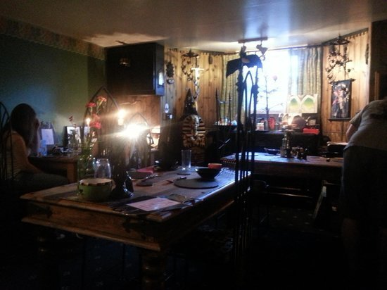 Best Gothic Mirror In The Green Man Room Picture Of Bats And Broomsticks Whitby Tripadvisor With Pictures