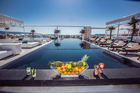 Best Our Infinity Pool Picture Of Bedroom Beach Club Sunny With Pictures