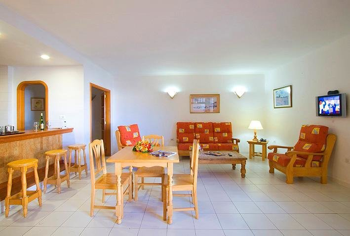 Best Club Oceano 2 Bedroom Apartments Updated 2019 Holiday With Pictures