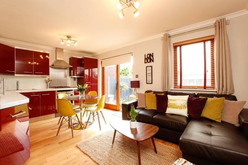 Best 2 Bedroom London Short Let Holiday Apartment Updated With Pictures