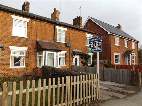 Best Martin Co Nantwich 2 Bedroom Terraced House Let In Crewe With Pictures