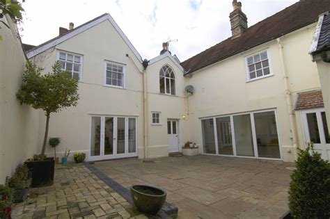 Best Martin Co Bury St Edmunds 6 Bedroom Town House To Rent With Pictures