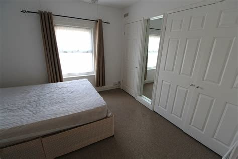 Best Martin Co Reading 1 Bedroom Apartment To Rent In Cardigan Gardens Reading Rg1 Martin Co With Pictures