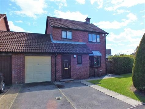 Best Cj Hole Worle 3 Bedroom Detached House For Sale In Bentley With Pictures