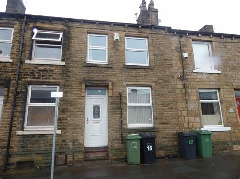 Best Whitegates Huddersfield 2 Bedroom House To Rent In With Pictures