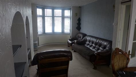 Best Whitegates Coventry 3 Bedroom House To Rent In Beake Avenue Radford Coventry Cv6 Whitegates With Pictures
