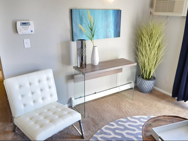 Best Rental Pick Of The Week One Bedroom Apartment In The Heart Of Colorado Springs Apartminty With Pictures