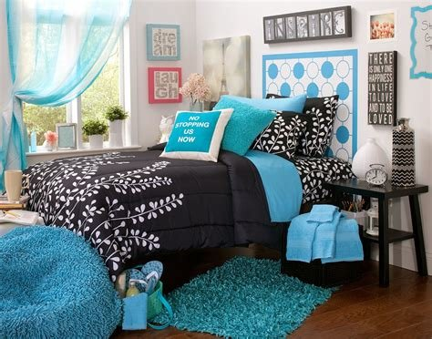 Best Black And Teal Bedroom Decorating Ideas With Pictures