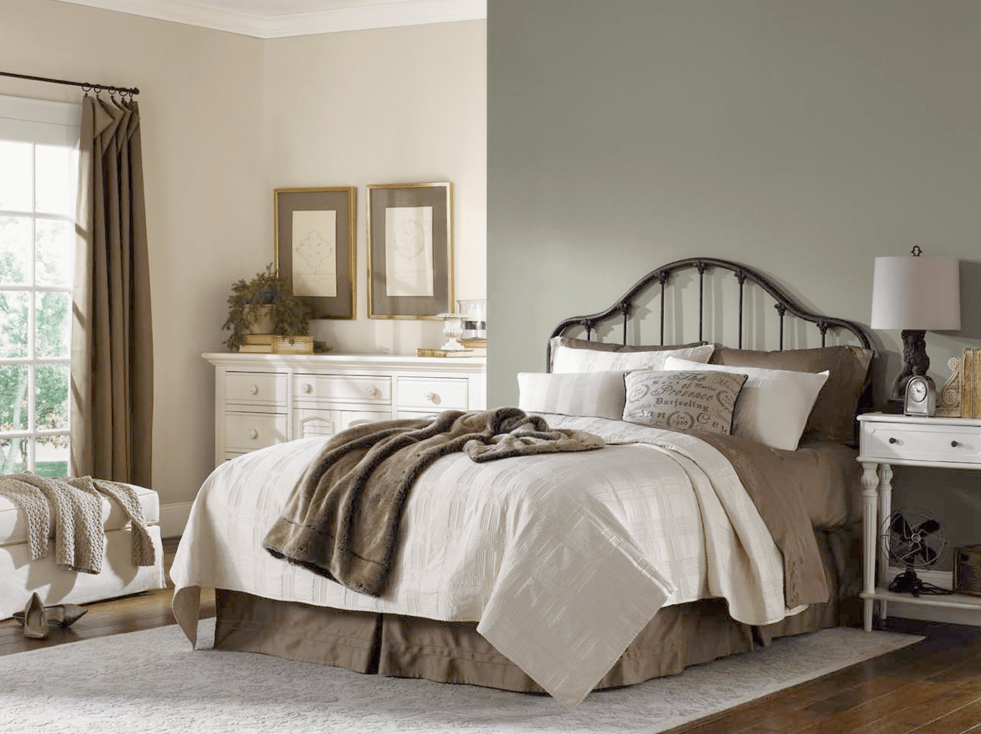 Best 8 Relaxing Sherwin Williams Paint Colors For Bedrooms With Pictures