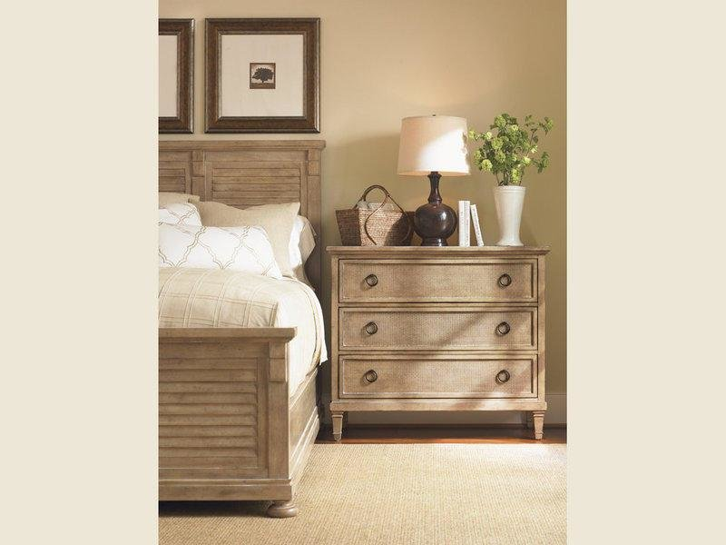 Best The Pacific Grove Bedroom Collection Bedroom Furniture With Pictures
