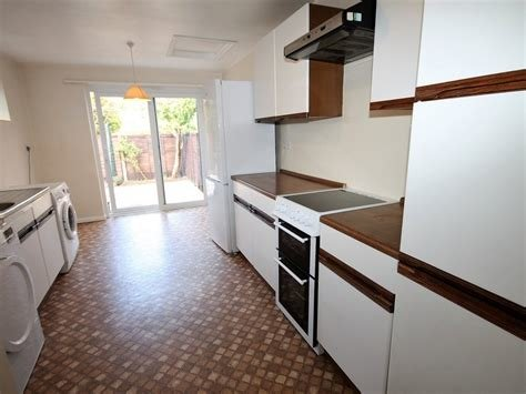 Best 2 Bedroom House To Rent In Nr Aylesbury Alexander Co With Pictures