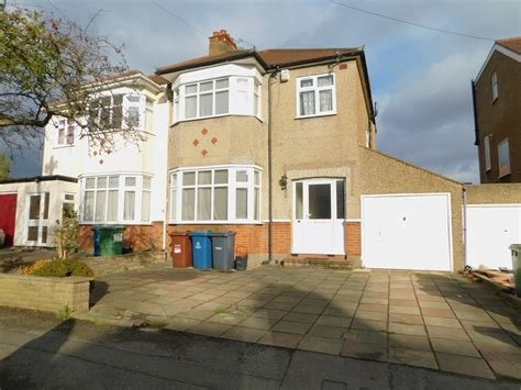 Best 3 Bedroom House To Rent In Lankers Drive Harrow Ha2 With Pictures