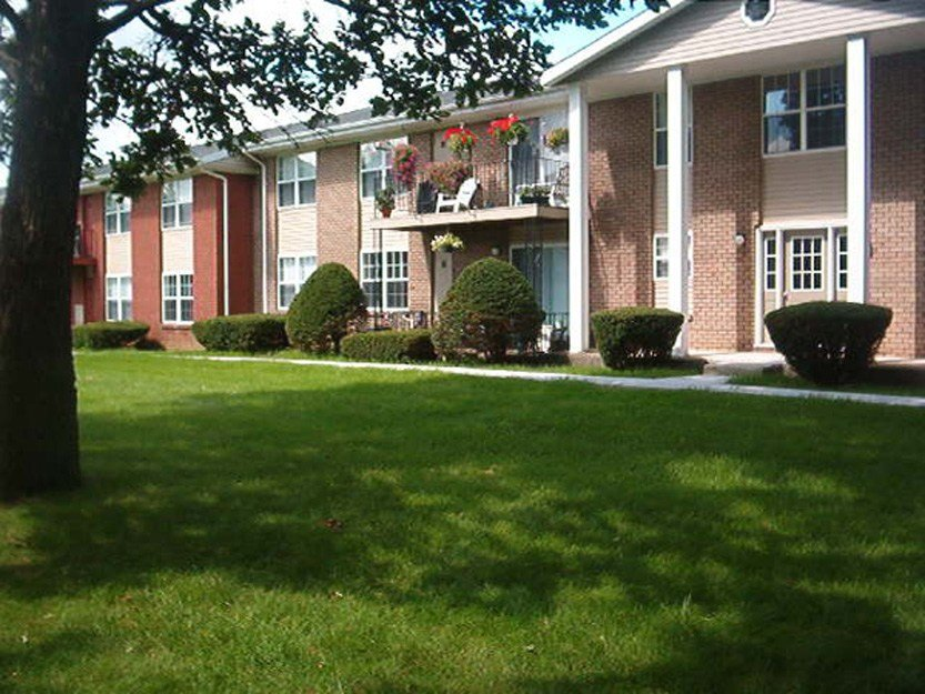 Best Apartments For Rent In Schenectady Ny Niskayuna Gardens 12309 With Pictures