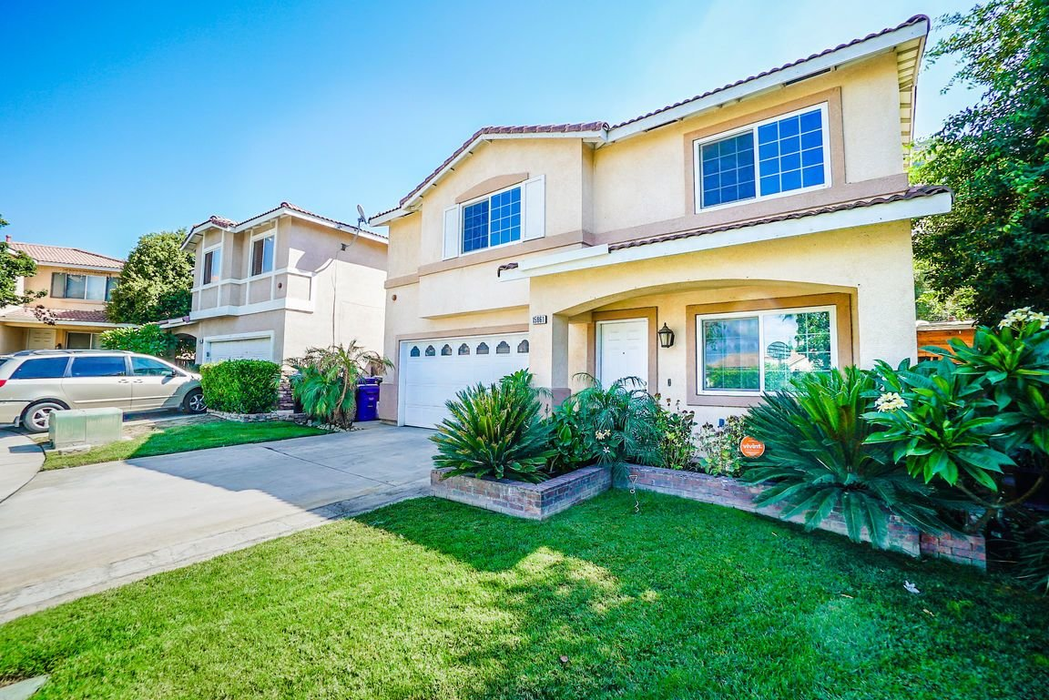 Best Fontana Ca Homes For Sale Homes Com With Pictures